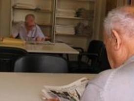 UGT denuncia que 16.500 mayores siguen en listas de espera de residencias autonómicas