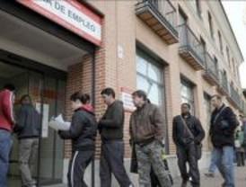 Madrid acaba 2009 con medio millón de desempleados tras subir el paro un 44%