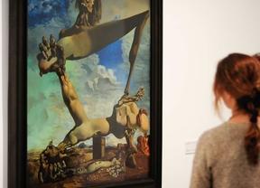 El Reina Sofía amplía los horarios de la exposición de 'Dalí'