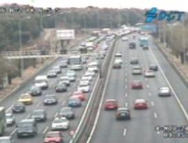 Hora punta 'congestionada' en las carreteras madrileñas