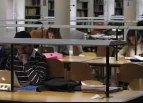 Unos 4.500 estudiantes de Madrid siguen sin poder abonar sus matrículas