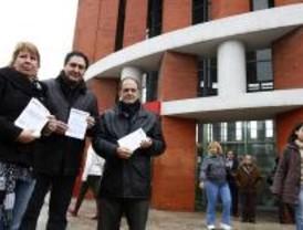El PSM reparte folletos como protesta por la