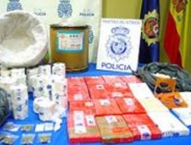 Un dominicano detenido en Barajas con un 1,5 kilos de cocaína