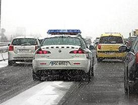 Madrid se atasca al sufrir la nevada más copiosa en cuatro años