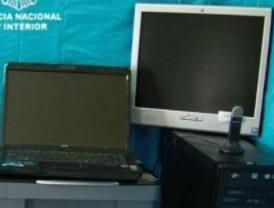 Detenido un empleado bancario por falsificar moneda y documentos