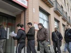 La Oficina Móvil del Ayuntamiento para desempleados recorrerá los 21 distritos