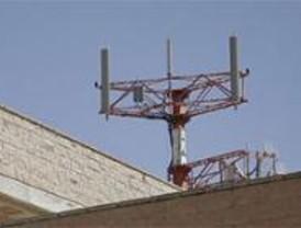 Un juez de Móstoles advierte al abogado de Orange de que ordenará su captura si no comparece por el caso de las antenas