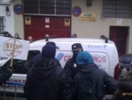 Pasa a disposición judicial el fotógrafo de 'Diagonal' detenido durante un desahucio en Leganés