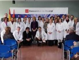 Aguirre visitó el 'mejor' y el 'peor' centro de salud de Aluche