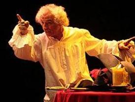 'El Brujo' reclama al Ministerio de Cultura que preste atención al teatro