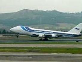 Continúan los retrasos de Aerolíneas Argentinas en Barajas