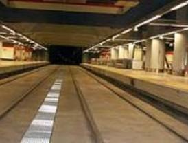 Las líneas 1 y 10 de metro se refuerzan por el cierre del túnel Atocha-Chamartín
