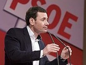 Gómez cree en la democracia de los partidos