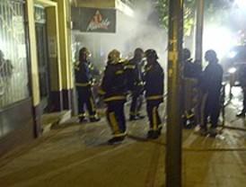 60 desalojados por un incendio en Carabanchel