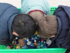 Arte 'reciclado' en un colegio de Parla