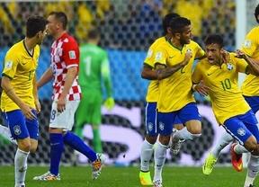 El árbitro y un pésimo portero croata regalan la victoria al Brasil