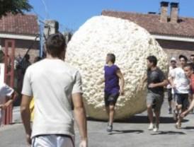 Vuelve el 'boloencierro' de Mataelpino