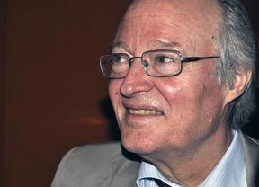 Josep Piqué, ingresado por una hemorragia cerebral leve