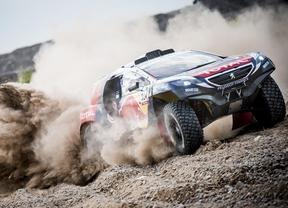 Sainz asciende al cuarto puesto en el Dakar