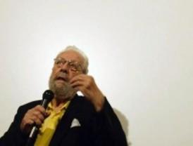 El cineasta Luis García Berlanga fallece en Madrid a los 89 años de edad