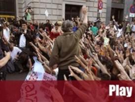Los 'indignados' de Sol se solidarizan con Valencia