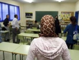La Comunidad destina más de cinco millones para programas de acogida e integración de inmigrantes