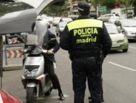 Un oficial ordena a sus agentes realizar 20 detenciones al mes