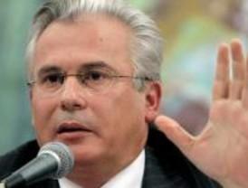 Aguirre pide a Garzón que explique la fuga de dos etarras