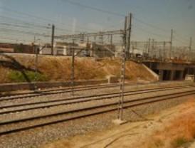 Blanco se compromete al soterramiento de las vías del tren en el Sur de Madrid