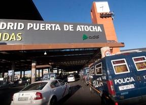 Adif licita el alquiler de 23 locales en Chamartín y Atocha