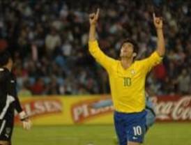 El médico del Real Madrid viaja a Brasil para hacer el reconocimiento a Kaká