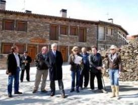 La Comunidad invierte más de medio millón de euros en El Atazar y Puebla
