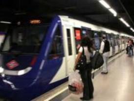 """Casi 3.000 niños aprenden """"desde dentro"""" cómo es y funciona el Metro"""
