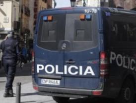 Detenidos por falsificar documentos a bolivianos
