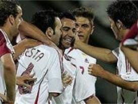 La selección española de Fútbol se mantiene viva