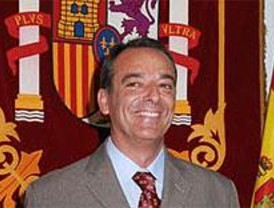El alcalde de Hoyo vuelve a tener dedicación exclusiva para gobernar