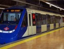 Una avería corta durante dos horas la línea 10 de Metro