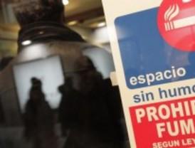 Los restauradores madrileños vuelven a la carga contra la ley antitabaco