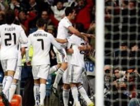 El Madrid salva los muebles y nada más