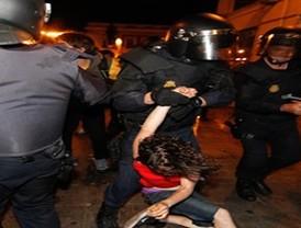 La Policía desalojó Sol a las 5.00 horas