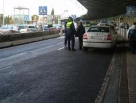 Barajas se queda sin taxis