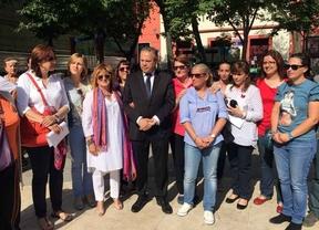 Carmona (PSOE) promete construir 30 escuelas infantiles y bajar sus precios
