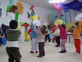 Sesenta niños de Carabanchel, sin guardería por grietas en el edificio