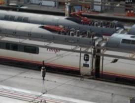 Renfe modifica los horarios de dos trenes Avant Madrid-Valladolid