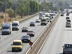 Siete kilómetros de retenciones en las carreteras