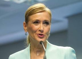 Cristina Cifuentes se desvincula del PP en el tema del aborto