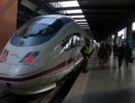 La plantilla del servicio de a bordo del AVE Barcelona-Madrid comienza una huelga