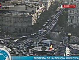 Una protesta no autorizada de 60 policías en bici provoca el caos