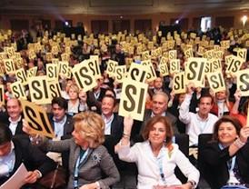 Los 'populares' aprueban la gestión de González