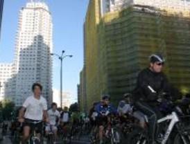 300.000 ciclistas participan en la Fiesta de la Bicicleta